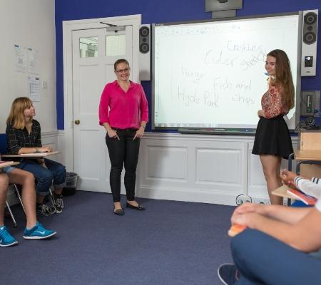 Kaplan International London Covent Garden Öğrencileri